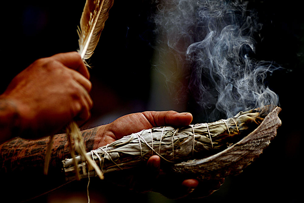 Smudging with white sage will help clear the energy of a room from any heavier emotional and energetic residue and help you keep a positive, vibrant and peaceful feeling in your home, workspace and personal being.